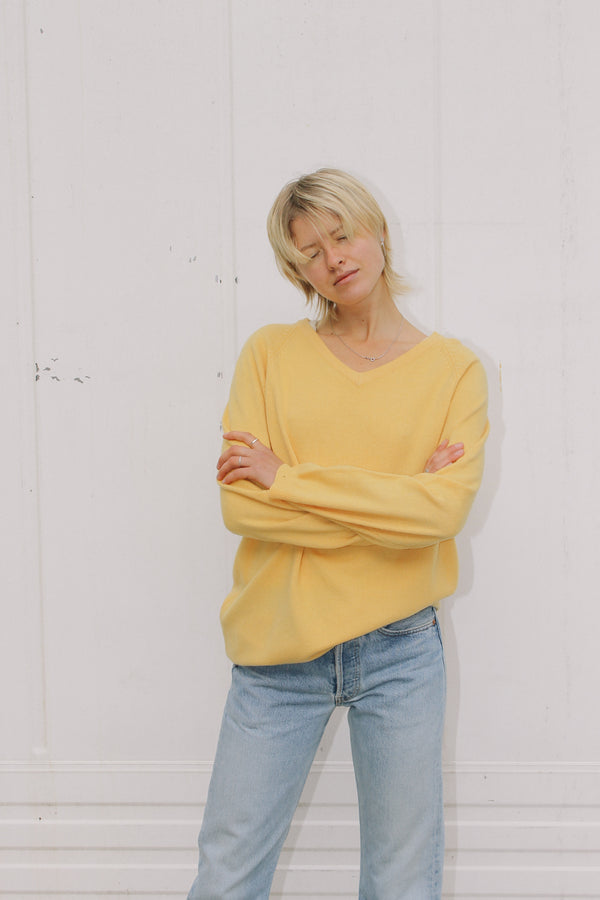 Rebecca Moses v-neck yellow cashmere jumper