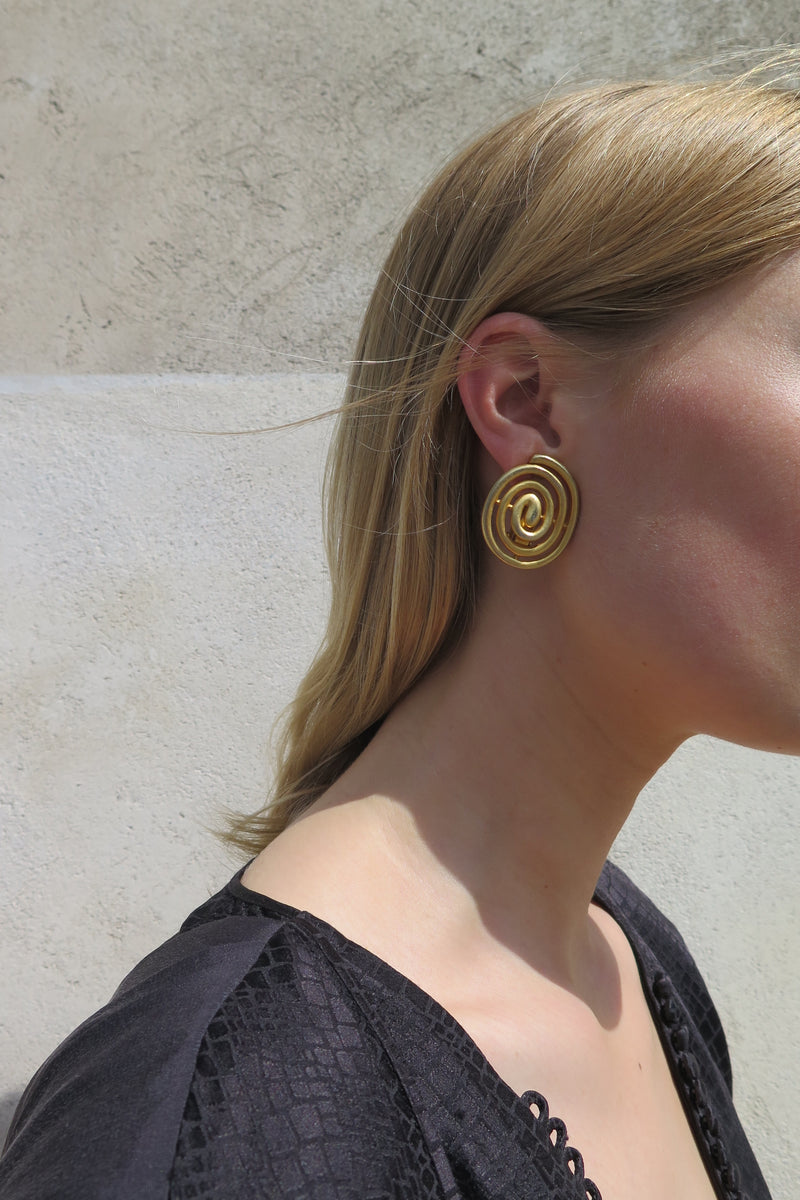 Vintage Spiral Clip Earrings - Studio Travel
