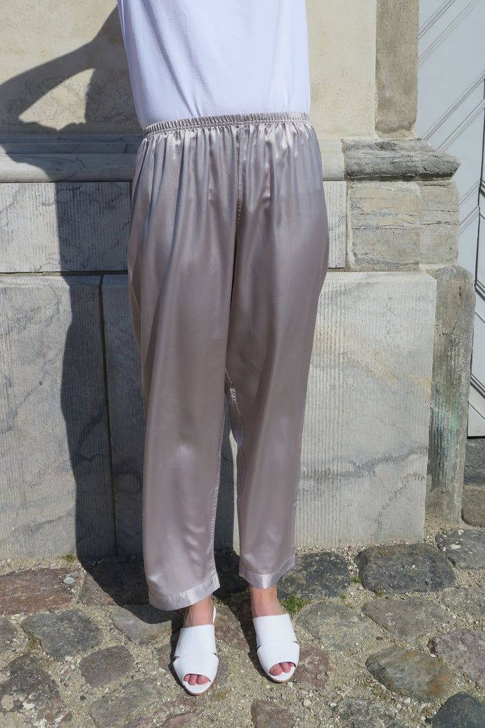 Vintage Silky Silver Pants - Studio Travel