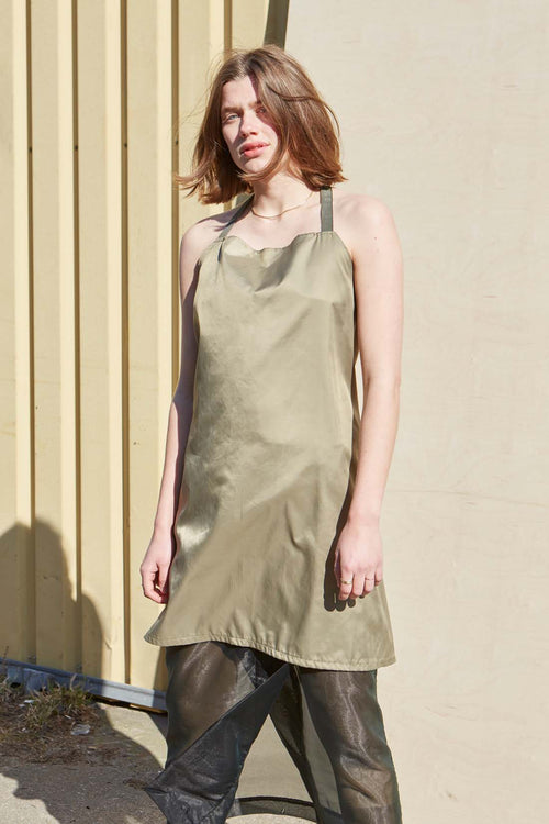 Unisex Artichoke Green Nylon Apron - Studio Travel