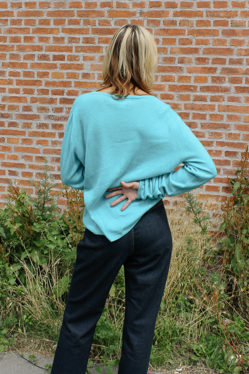 Andre Oliver turquoise cashmere crew neck knit