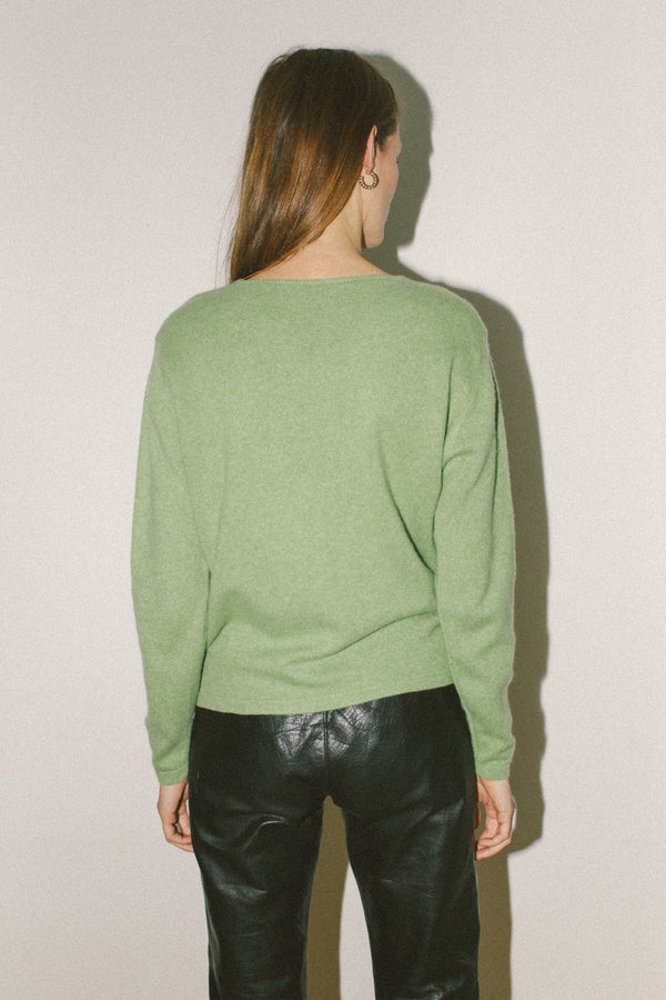 Bright green cashmere v neck knit top