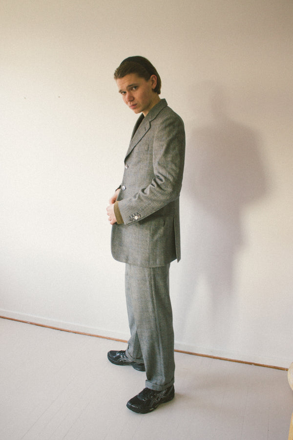 Grey suit with houndstooth check