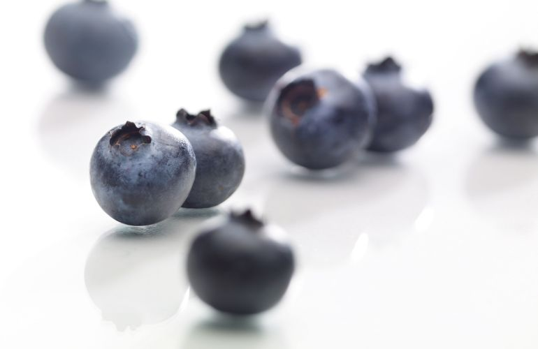 Blueberries: Queens of the Berry World
