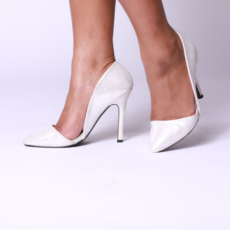 Silver Low-Cut Pointed Toe Slip-On Pumps