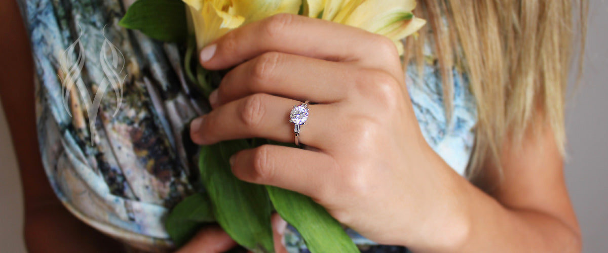 Torsa Round Engagement Ring