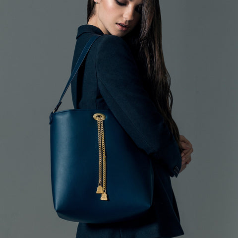 Vegan Tote bag by Wilby. Ethically made in Britain. Drayton Navy Chain Tote.