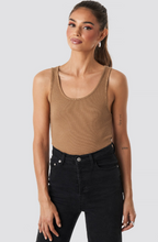 Load image into Gallery viewer, LONDON tank top in tan