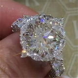 Classic AAA White Cubic Zircon Engagement Ring