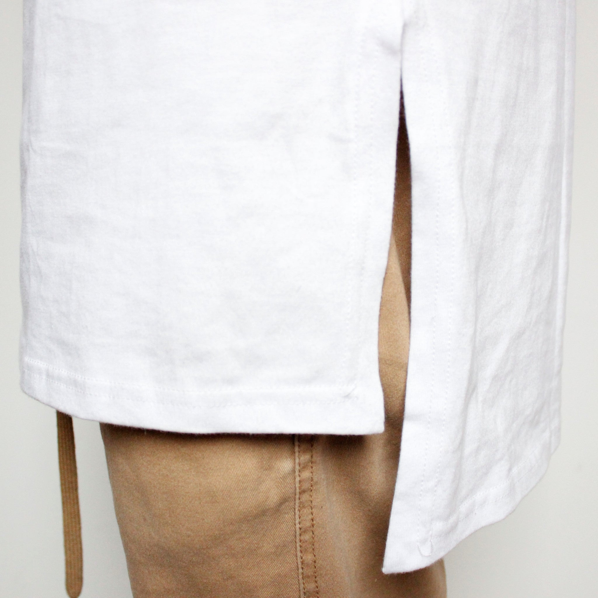 Aube x Oversized Shirt White