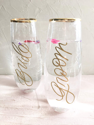 Bride and Groom Stemless Champagne Flutes