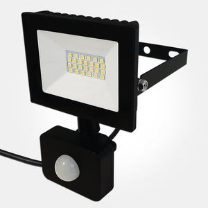 Eterna 10W IP44 Economy LED Floodlight With 120 Degree PIR Sensor Cool White (80W Equivalent)
