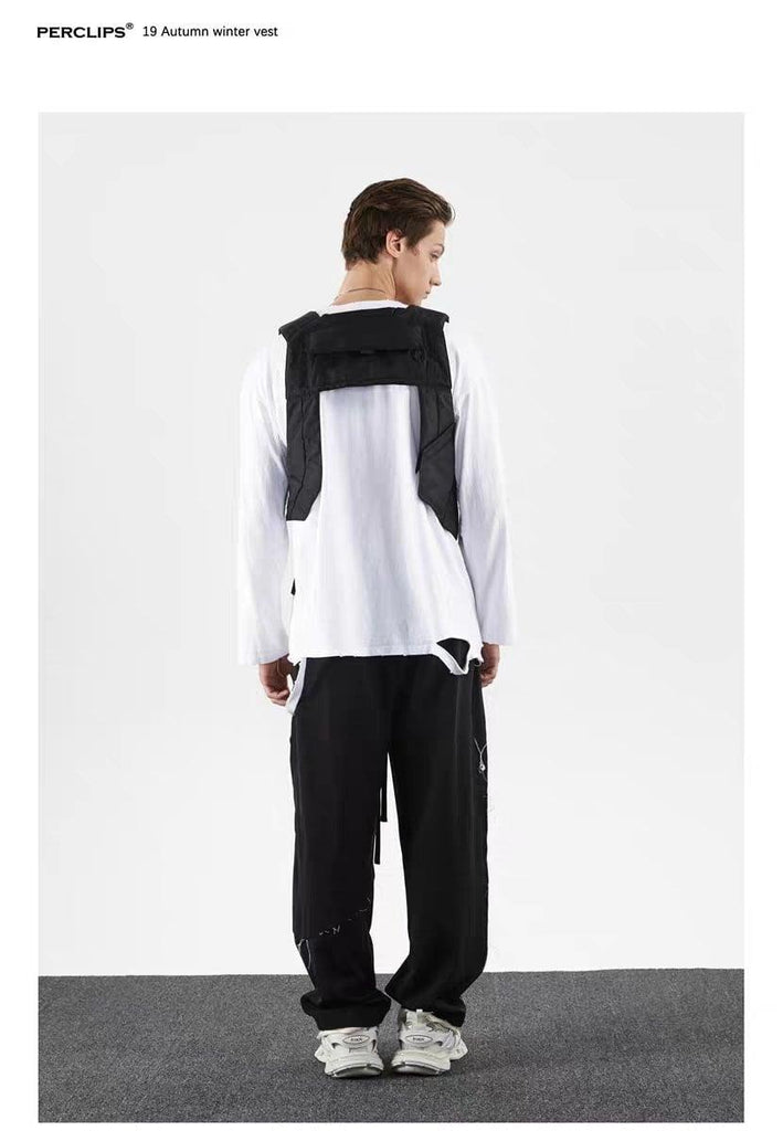 PERCLIPS Asymmetry Function Black Vest - Mores Studio