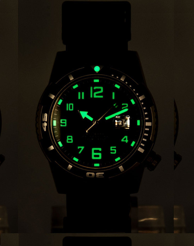 M50 [44mm] - Momentum Watches US