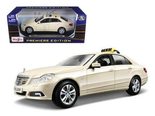 2010 Mercedes E Class German Taxi 1-18 Diecast Model Car by Maisto