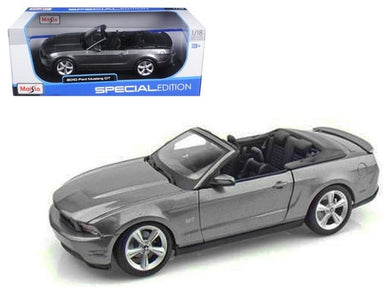 2010 Ford Mustang GT Convertible 1:18 Diecast Model Car by Maisto