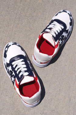 American Flag Print Low Top Lace-Up Sneaker
