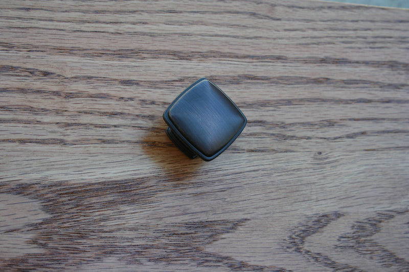 Antique Bronze Square Knob