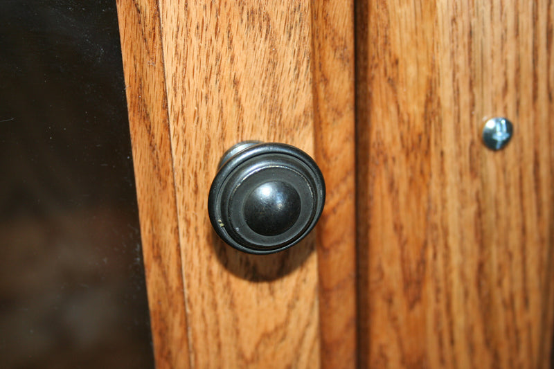 Traditional Antique-Style Round Knob