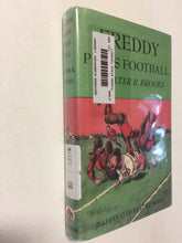 Freddy Plays Football - Slickcatbooks
