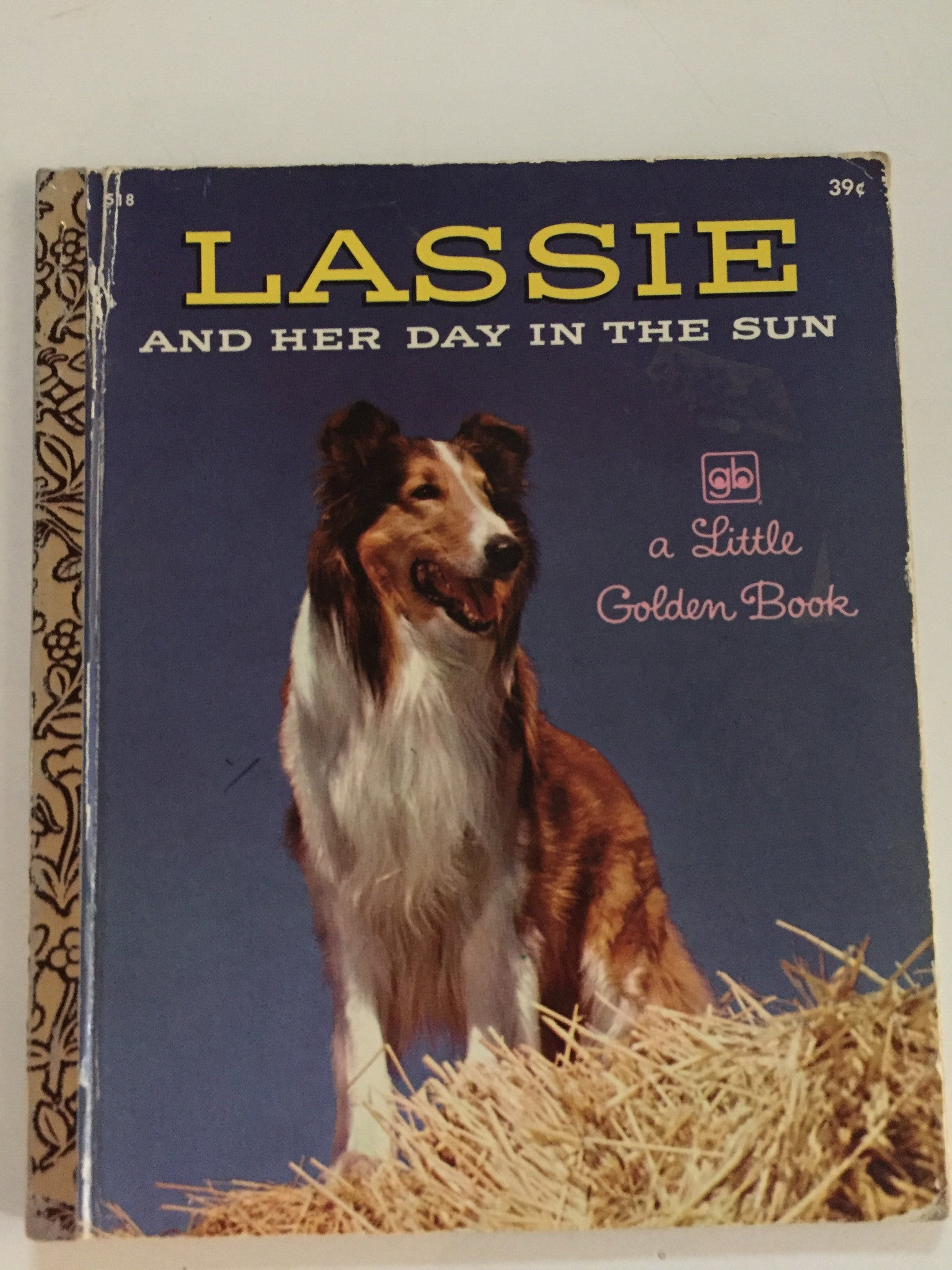 Lassie and Her Day in the Sun - Slickcatbooks