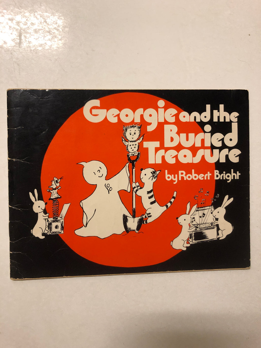Georgie and the Buried Treasure - Slick Cat Books