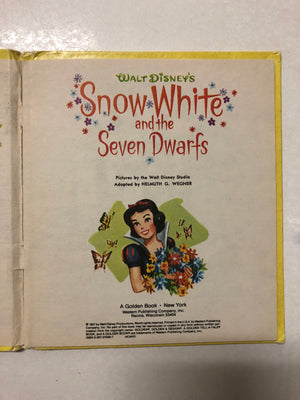 Walt Disney's Snow White and the Seven Dwarfs - Slickcatbooks
