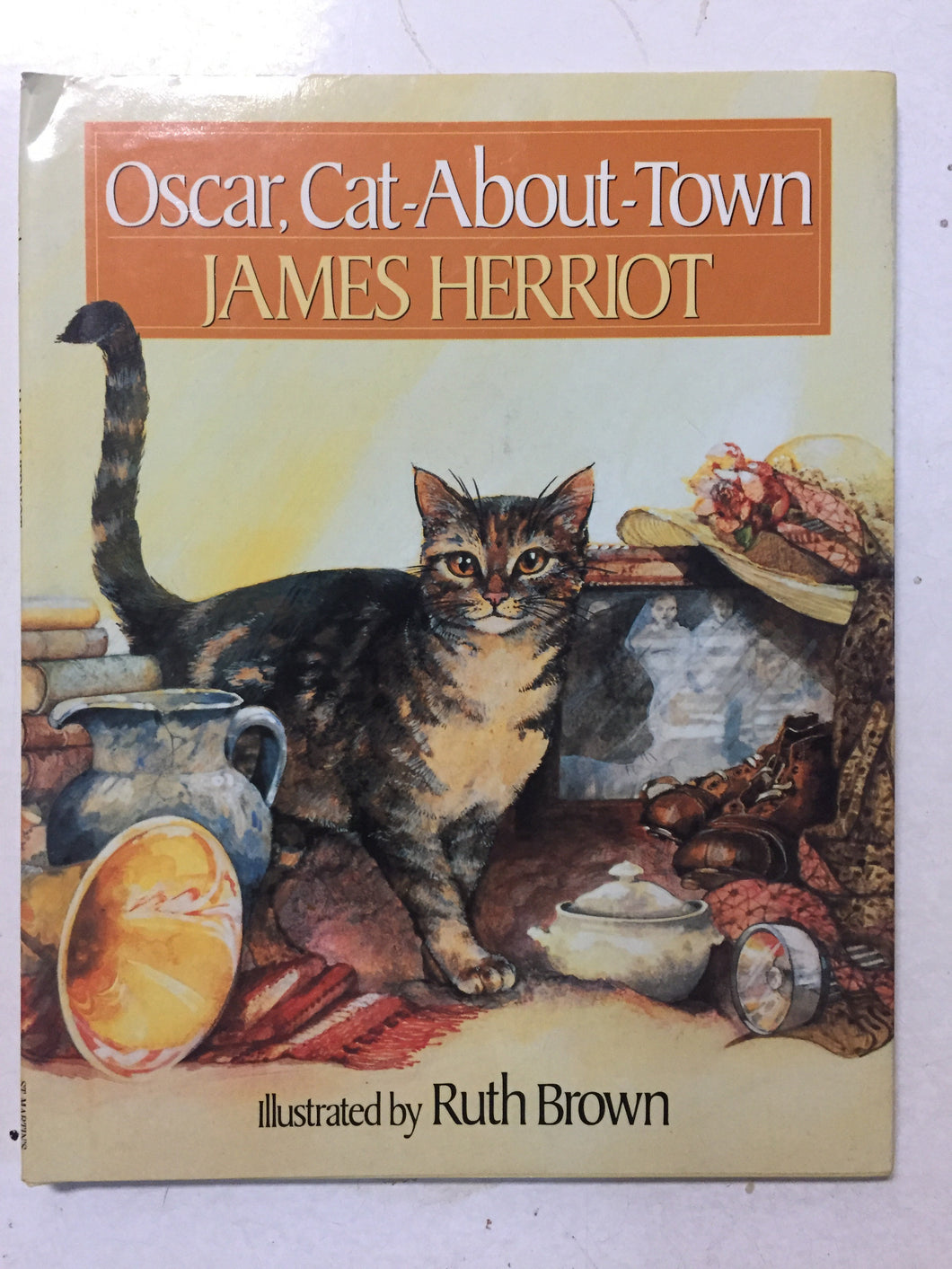 Oscar, Cat-About-Town - Slickcatbooks