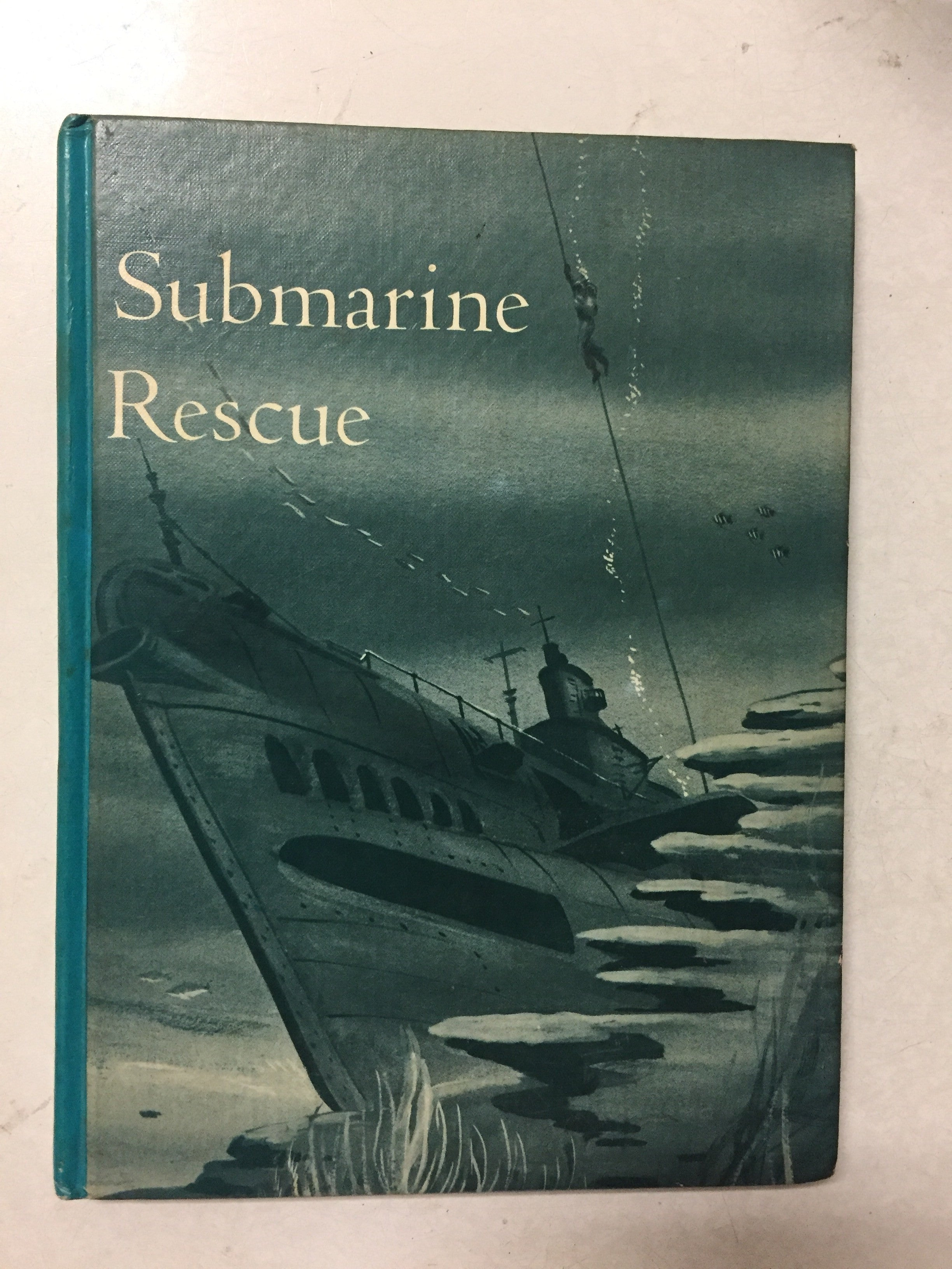 Submarine Rescue - Slickcatbooks