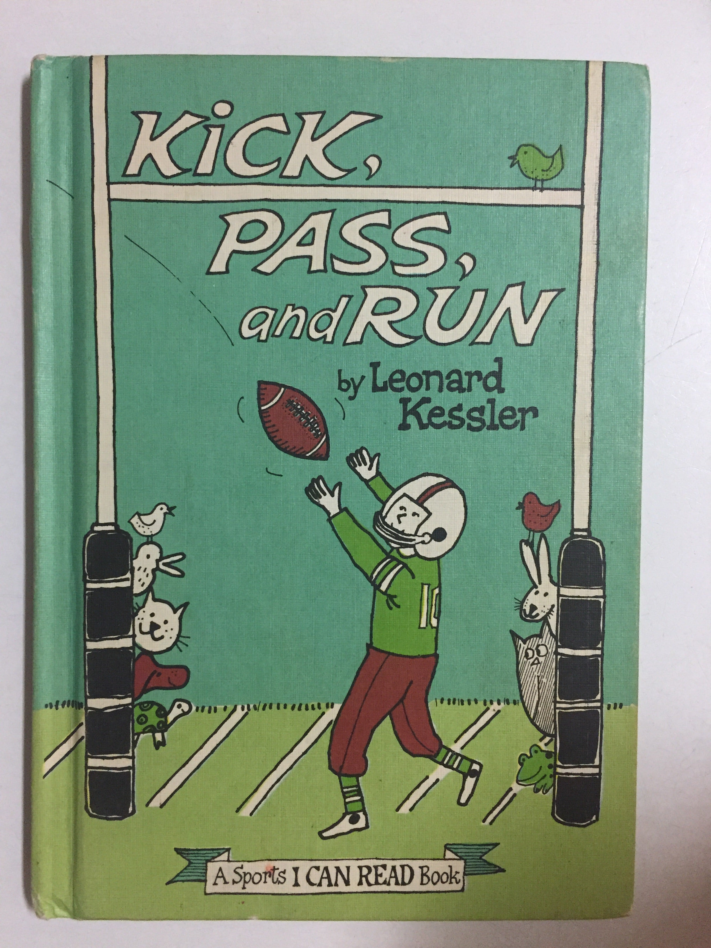 Kick, Pass and Run - Slick Cat Books