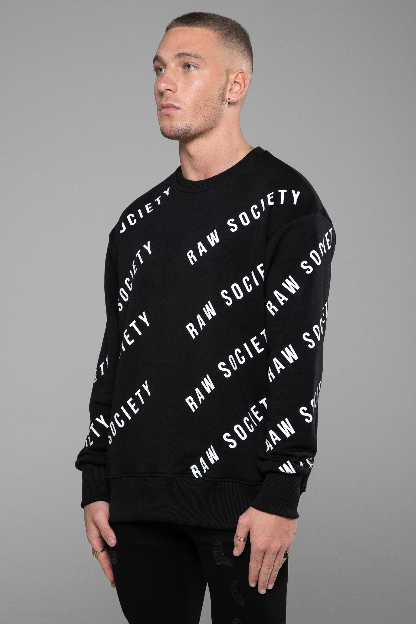 SWEATSHIRT - REPEAT