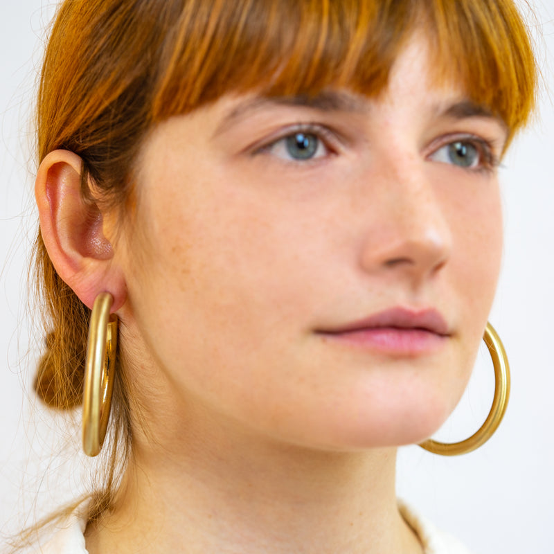 Allyria Medium Hoop Earrings