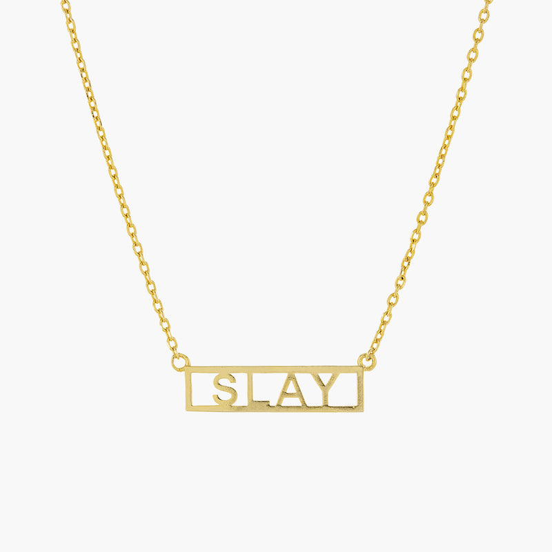 SLAY PLATE NECKLACE