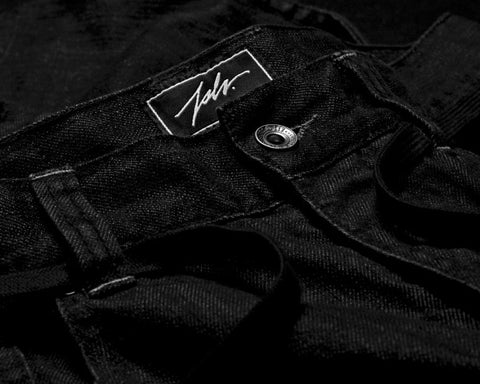 proper denim black detail