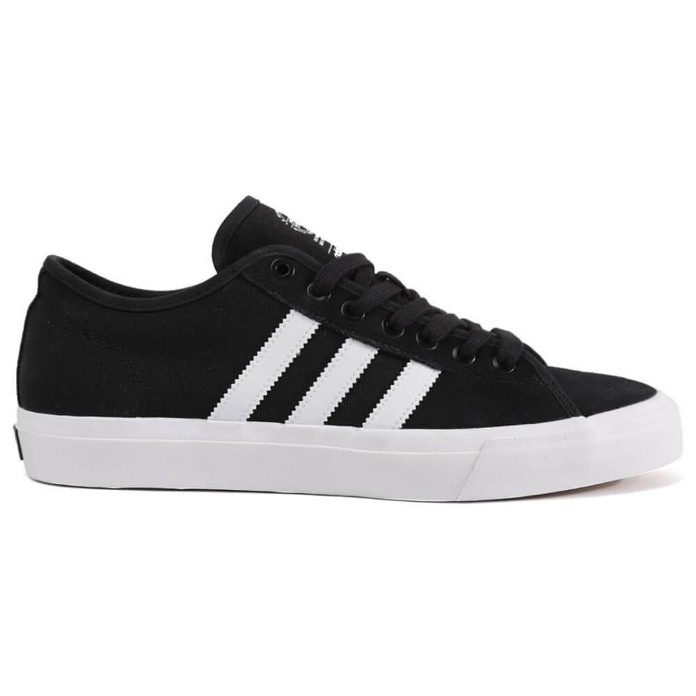 Men's Adidas Matchcourt Rx Shoe The Adidas Matchcourt RX Shoe features a canvas upper with metal eyelets for easy lacing. Has a low-profile, thin, and flexible vulcanized sole so you get enhanced board feel and grip. Men's Adidas Matchcourt Rx Shoe.