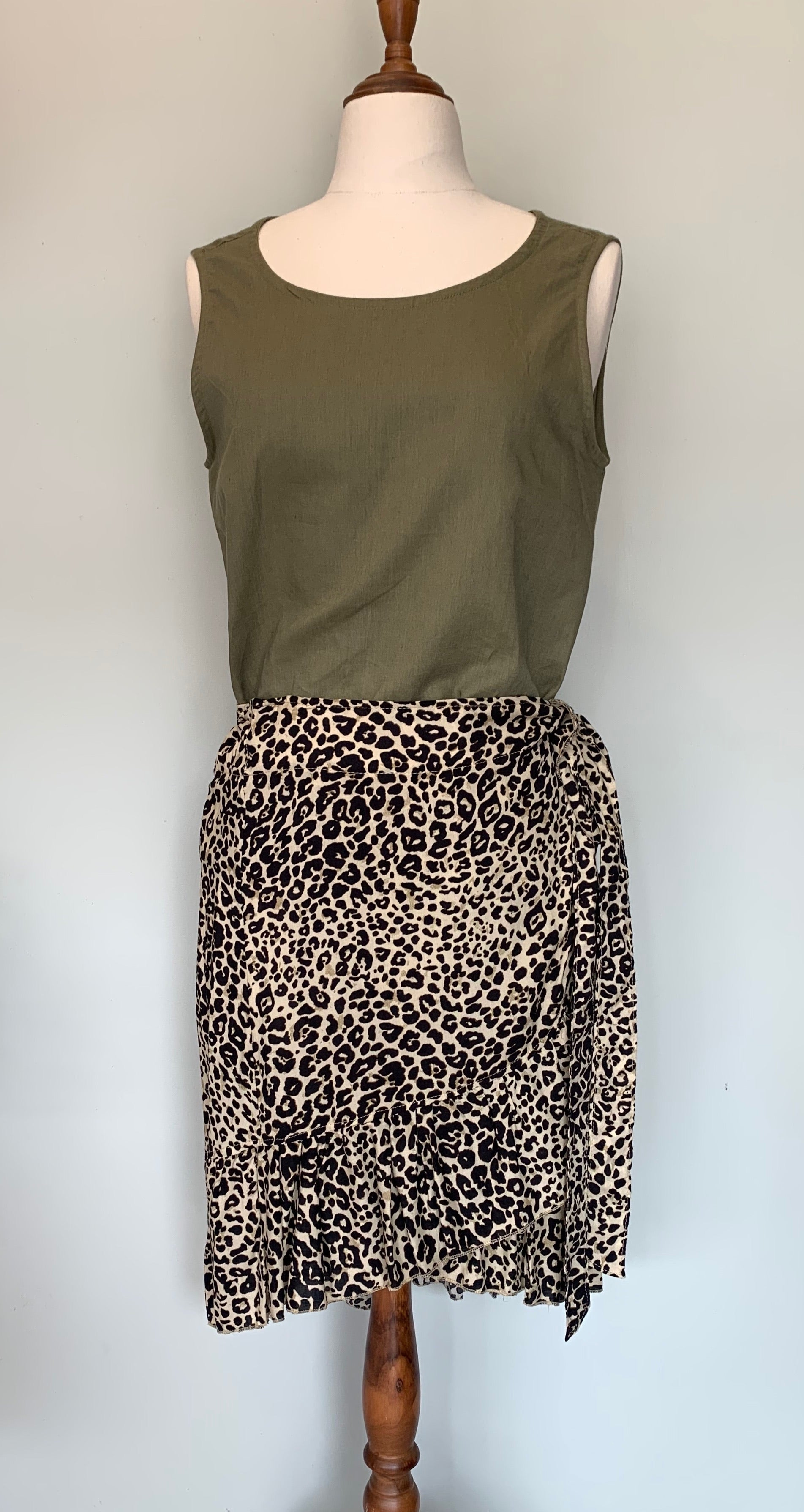 Camille Wrap Skirt Short ~ Leopard