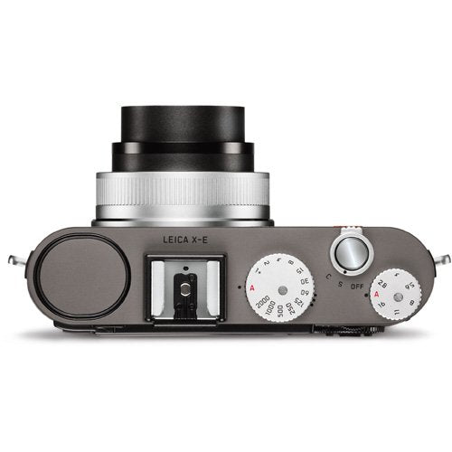 Leica 18454 16.5 MP Digital Camera with 2.7-Inch TFT LCD (Metallic Silver)