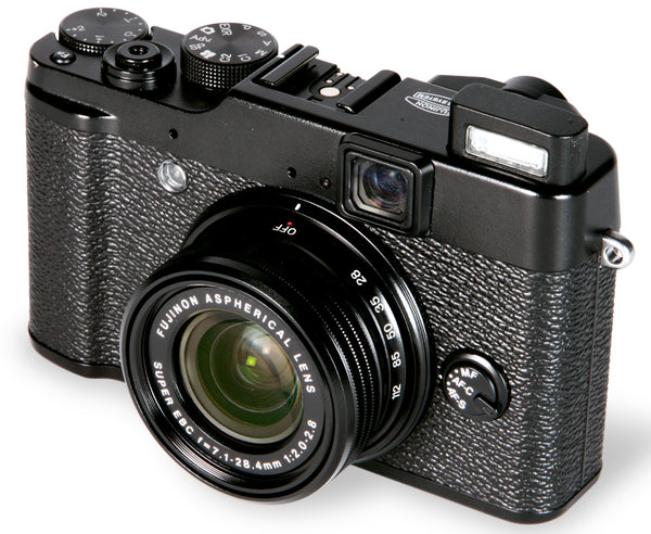 Fujifilm X10 Digital Camera with f2-f2.8 Lens - Black