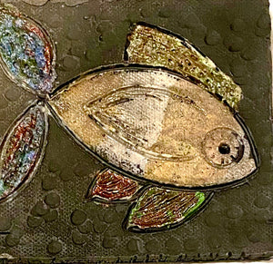 "Metallic glazes Raku fired Fish Tile  5"" x 4"" metallic etched 7 ozs"
