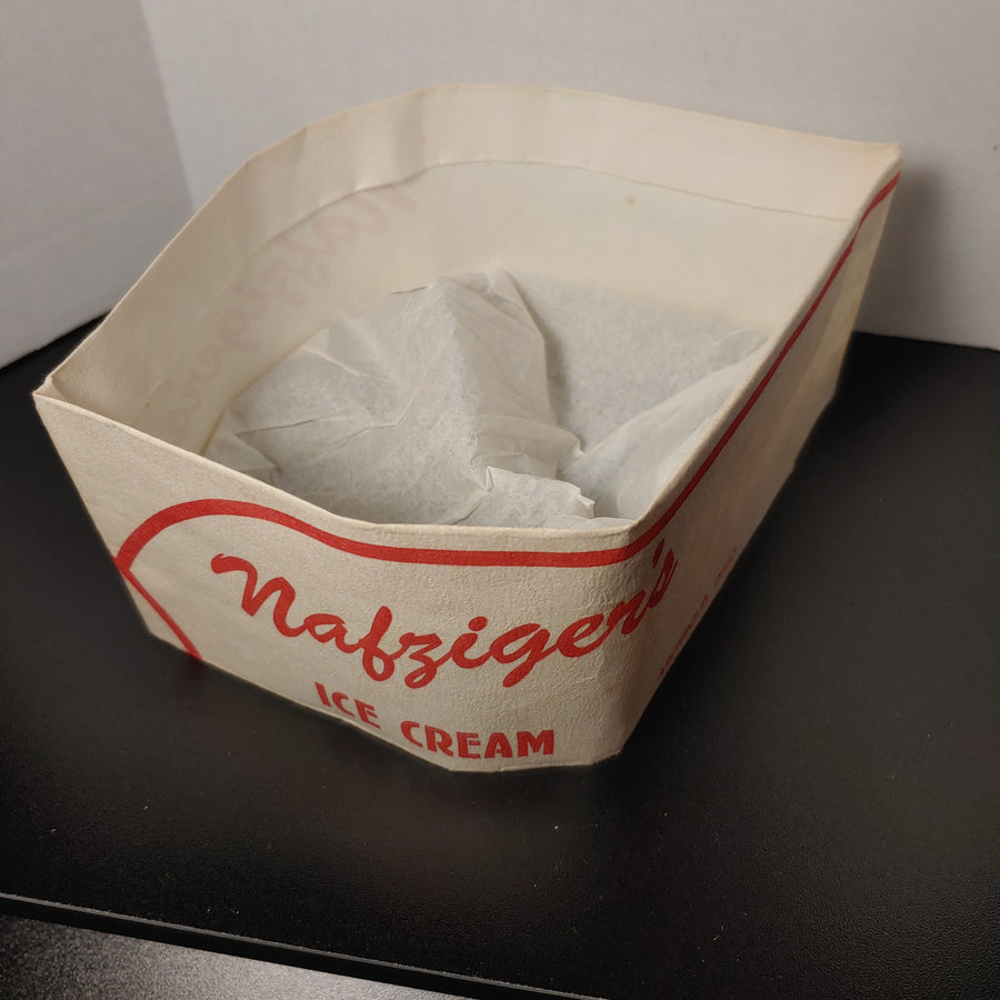 Nafzinger ice cream, paperlynen protective server hat
