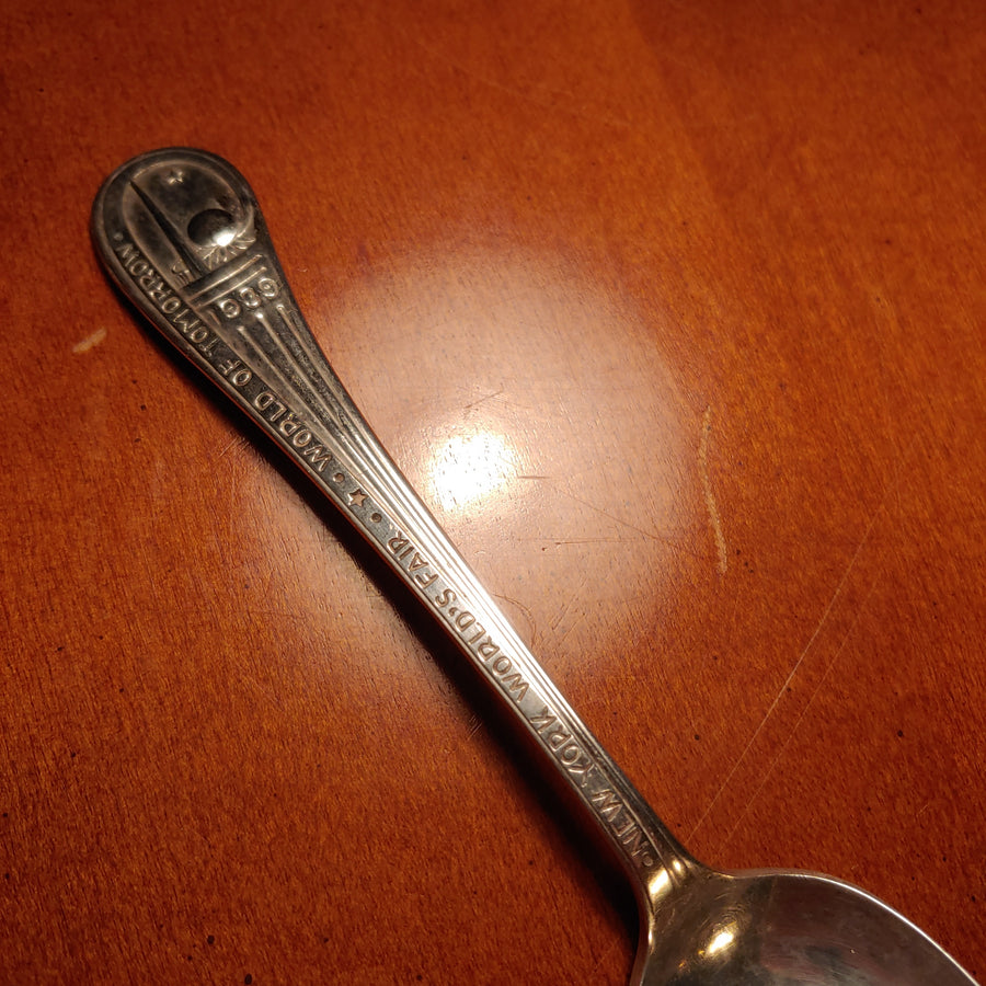New York, world of Tomorrow, World's Fair 1939 Silver Plate souvenir spoon