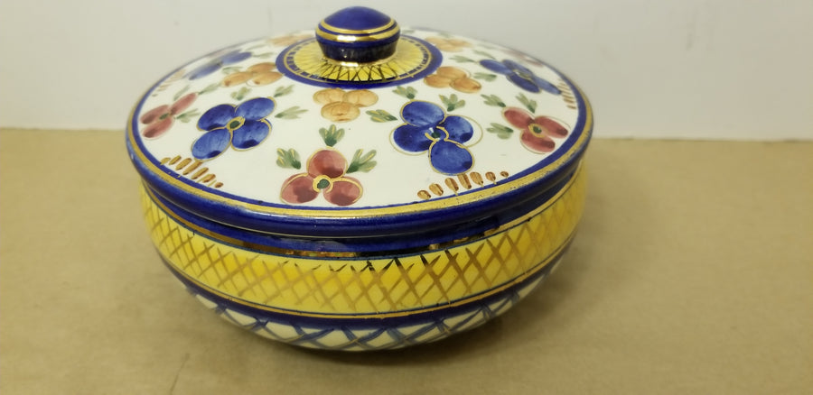 Old dutch covered dish