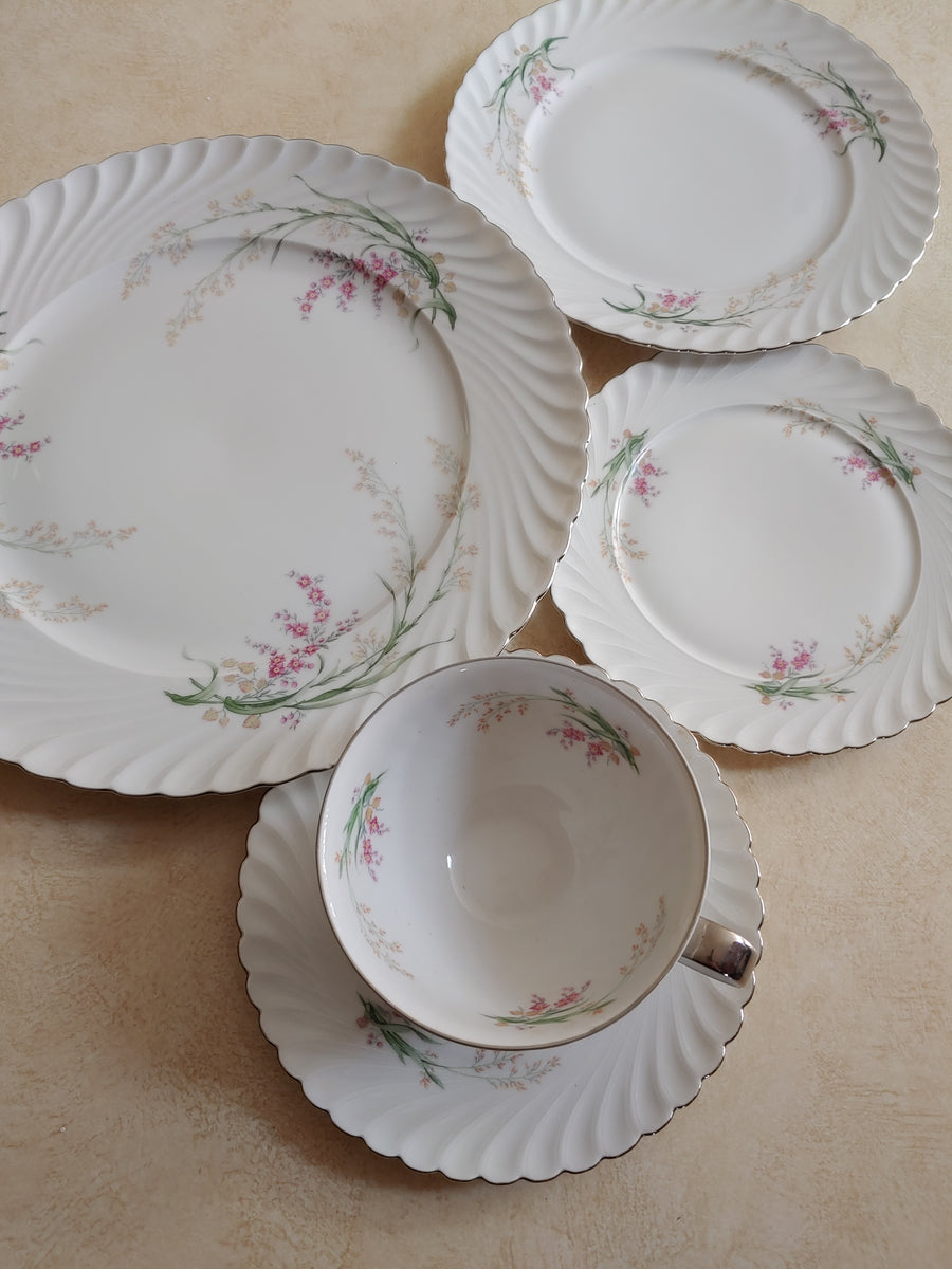 "PMR, Jaeger & Co, Bavaria, dinnerware, china place-setting ""beverly"""
