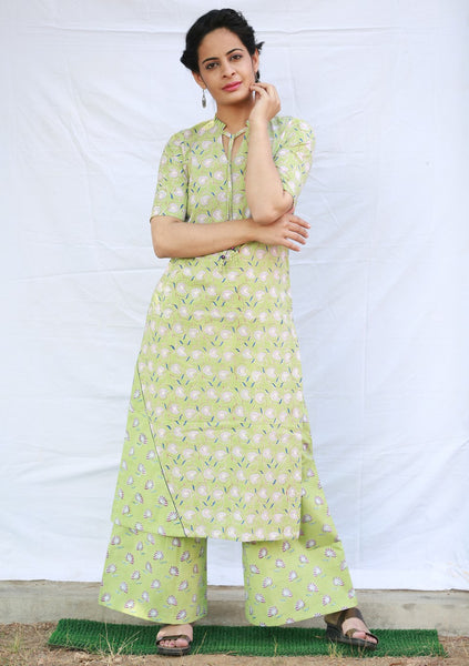 One Sided A-line Kurta with Pleated Collar (Green)