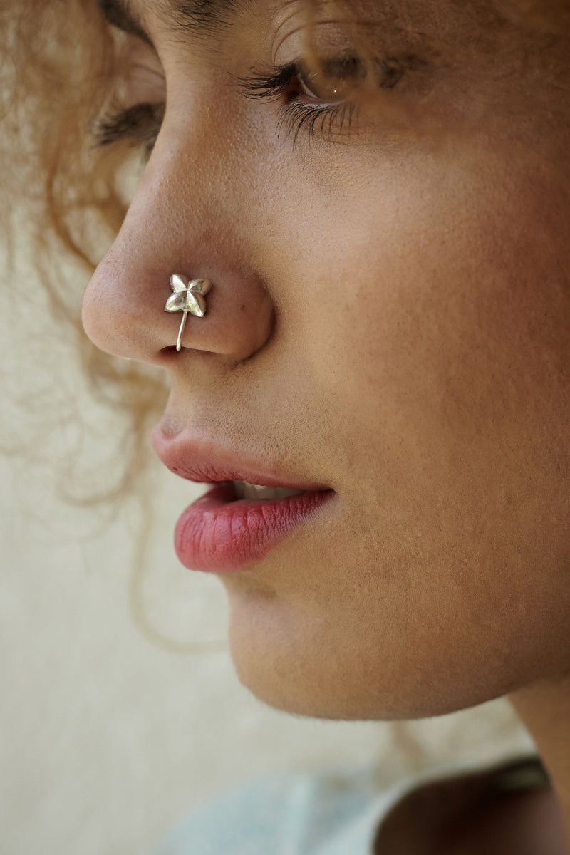 Flower Shaped Silver Nose Pin/Clip (NS FL S)