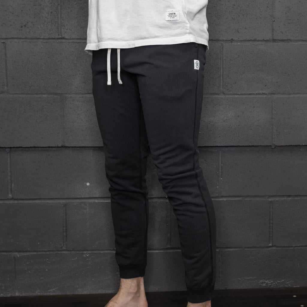 Reigning Champ - Midweight Terry Slim Sweatpant Black - Foundry Mens Goods