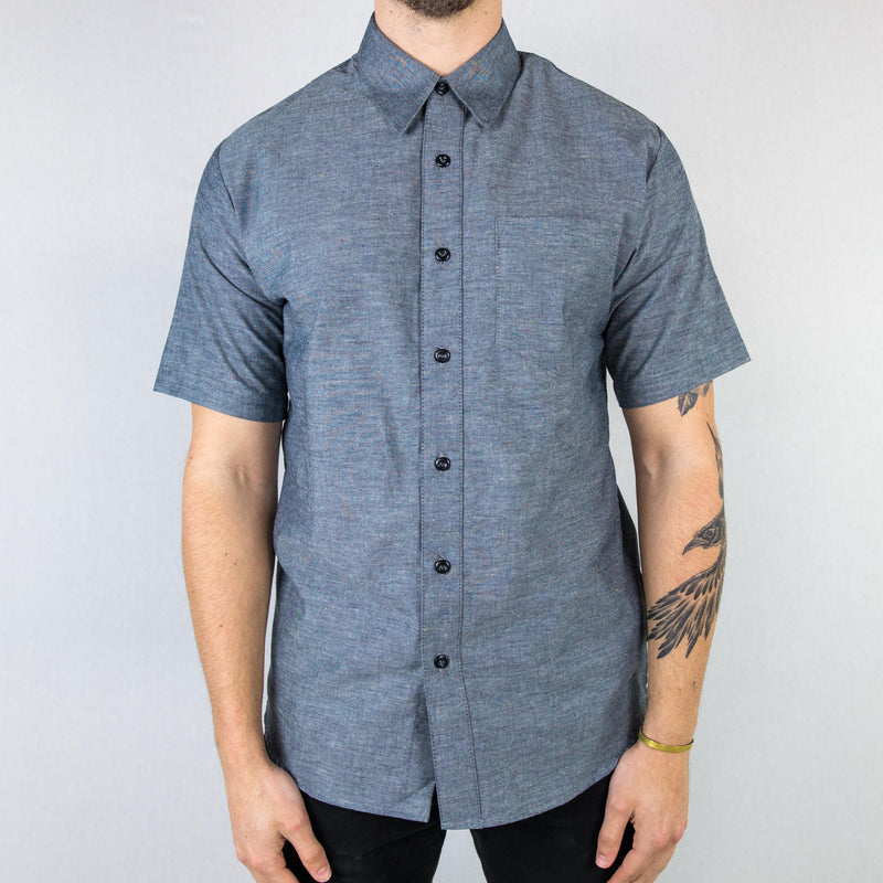 Vivix - Pearl Chambray Short Sleeve Shirt