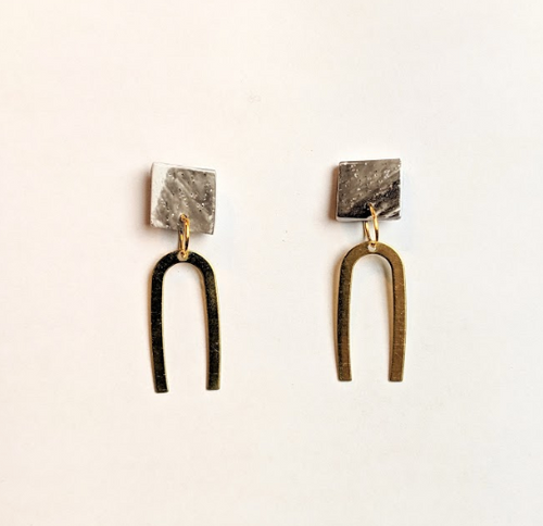 Minimal Statement Earrings