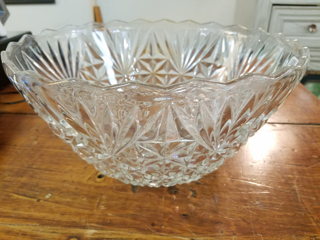 Vintage Faceted Bowl - Medium