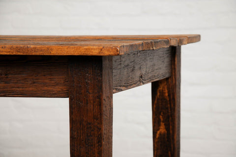 Provence Farm Saddle Table